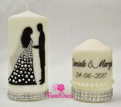 Wedding Wine Glasses, Wedding Bottles, Diy Bottle, Bottle Crafts, Wedding Wishes Messages, Chocolate Bouquet Diy, Decoupage, Diy Mug Designs, Henna Candles