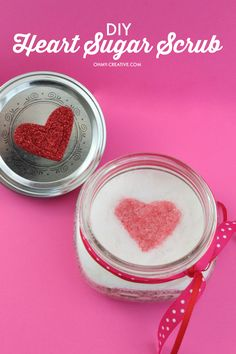 This Heart Sugar Scrub Recipe is Perfect for Valentine's Day, Weddings and Showers! Gift it to your sweetheart or friends! | OHMY-CREATIVE.COM