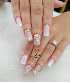 32 Fotos de Unhas Francesinhas Bridal Nails, Nail Bar, How To Make Hair, Nail Colors, Gel Nails, Nail Designs, Beauty, Long Nails, Long Fingernails