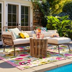 4 Amazing Patio Furniture Ideas You Can Steal - Amazing pick on patio furniture makes a stunning, comfortable patio to relax. Check our list below on top patio furniture ideas you can copy. Wicker Patio Furniture, Wood Patio, Outdoor Furniture Sets, Outdoor Decor, Metal Furniture, Industrial Furniture, Garden Furniture, Target Patio Furniture, Modern Furniture