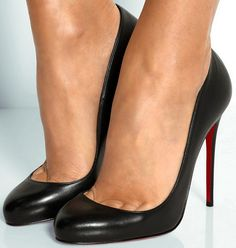 louboutin ladies shoes Very Popular For Christmas Day,Very Beautiful for life.