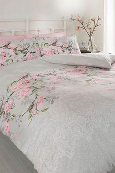 Eloise Duvet Set - Double | http://www.klife.co.uk/distributors/91293/Eve-Ellwood?returnUrl=/klifeshop/home/bedroom/eloise-duvet-set-double/