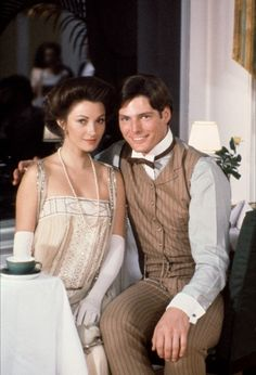 Somewhere in Time - starring Christopher Reeve and Jane Seymour A tragic love story, transcending time. Remains as one of my favorite movies . Christopher Reeve, Jane Seymour, Movies Showing, Movies And Tv Shows, Love Movie, Movie Tv, Gq, Divas, Somewhere In Time