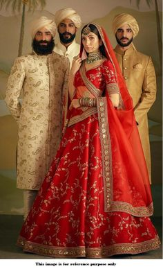 Most Popular Sabyasachi Lehenga Designs For Brides of 2019 - Latest Wedding Ideas & Inspiration Indian Bridal Outfits, Indian Bridal Lehenga, Indian Bridal Fashion, Indian Bridal Wear, Indian Dresses, Sabyasachi Lehenga Bridal, Pink Bridal Lehenga, Indian Wear, Floral Lehenga