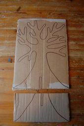 An Odd Dog and onomasticsAfbeeldingsresultaat voor how to make a cardboard tree in Cardboard Tree, Cardboard Crafts, Paper Crafts, School Decorations, Tree Decorations, Decoration Party, Diy And Crafts, Crafts For Kids, Arts And Crafts