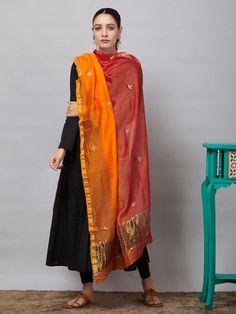 Salwar Designs, Kurta Designs Women, Kurti Designs Party Wear, Blouse Designs, Indian Attire, Indian Wear, Indian Outfits, Simple Kurta Designs, Pakistani Fashion Casual