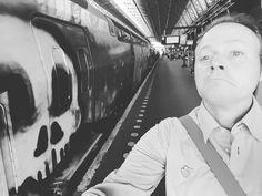 Vandaag op Amsterdam. Ikdurf niet meer :). #trein #treinleven #metro #conducteur #grafitti