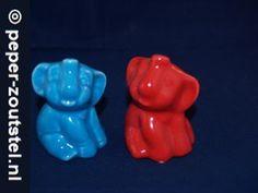 Olifanten, rood en blauw peper en zoutstel, verzamelen, verzameling