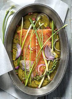 Saumon mariné : Servez ce saumon frais avec du pain grillé et du beurre salé... Un régal !