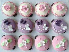 Narozeninové cupcakes - Víkendové pečení Birthday Cupcakes, Mini Cupcakes, Mini Cheesecakes, Pavlova, Baked Goods, Muffins, Blog, Party, Desserts
