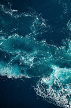 Bipolar Explorer, v0tum: water