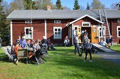 Markkinaväki voi piipahtaa myös tunnelmallisessa museokahvila Köökipiiassa. Luuppi, Oulu (Finland)