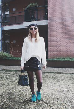 Comfortable start of a new year in this black and white outfit. More on www.lovebeingpetite.com  #blackandwhite #ootd