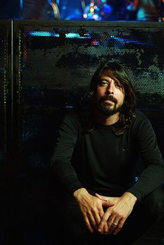 Can't have enough pics of Dave Grohl....