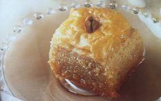 Η μπακλαβού της Μυτιλήνης Greek Sweets, Greek Desserts, Greek Recipes, Pastry Recipes, Confectionery, Pudding, Traditional, Breakfast, Sweet Sixteen