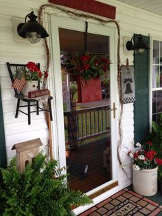 Primitive porch decor