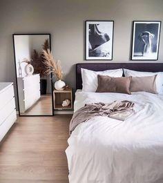 Room Ideas Bedroom, Small Room Bedroom, Home Decor Bedroom, Living Room Decor, Bedroom Ideas For Small Rooms For Adults, Small Modern Bedroom, Bedroom Simple, Bedroom Décor, Cozy Living Rooms