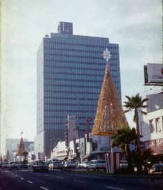 Miracle Mile, Christmastime 1960. Photo by my mother Doris I. Walker. Wilshire near Cochran.