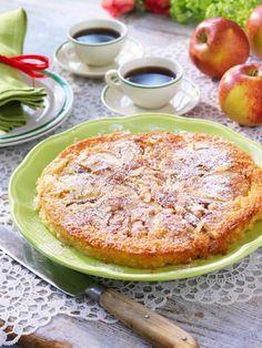 Baka en saftig äppelkaka fri från gluten. Receptet kommer att göra succé!
