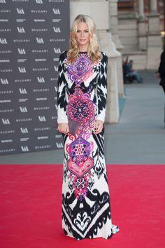 Poppy Delevingne con este diseño de Dundas para Pucci está, sencillamente, perfecta.