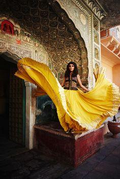 Flowy yellow lehnga