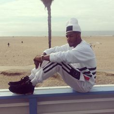 Kingin' - Rapper King LOS at his Pure DOPE Magazine photo shoot at Mobli's Beach House on Venice Beach