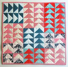 different color scheme Mini Quilt of the Month, July: Flying Geese - Knitting Crochet Sewing Crafts Patterns and Ideas! - the purl bee Purl Bee, Quilting Blogs, Quilting Projects, Quilting Designs, Quilt Design, Modern Quilting, Mini Quilt Patterns, Craft Patterns, Quilting Patterns