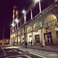 Faenza, Piazza del Popolo by night - Instagram by 1sa88