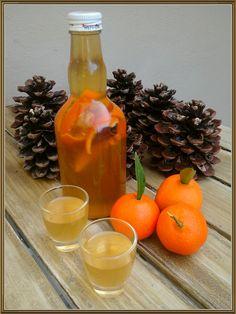 Miss mandarine Greek Sweets, Greek Desserts, Greek Recipes, Cocktail Drinks, Alcoholic Drinks, Cocktails, Marmalade, Food Design, Hot Sauce Bottles