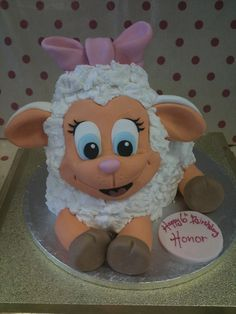 Based in Urmston, Manchester, Richards Cakes create stunning cakes for all occasions. We also sell online tutorials and cakes classes. Cupcakes, Cupcake Cakes, Sheep Cake, Macarons, Fantasy Cake, Farm Cake, Rabbit Cake, Cake Shapes, Edible Creations