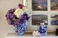 blue and white ginger jars coastal 3.jpg