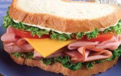 Unde putem manca sandvisuri delicioase in Bucuresti? - http://localuriinbucuresti.ro/unde-putem-manca-sandvisuri-delicioase-bucuresti/