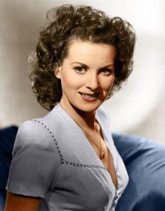 Maureen O'Hara . . . Oh, what a beautiful lady!