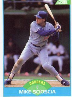 1989 Score Baseball Card: Dodgers Mike Scioscia