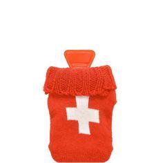 Etwas Warmes braucht der Mensch, damit er gut durch den Winter kommt: Beim Hot Hands-Taschenwärmer steckt im weichen Stricküberzug eine kleine Wärmeflasche, die etwa 30 Minuten lang ganz angenehm die klamme Kälte vertreibt. Nach dem Gebrauch die Wärmeflasche in kochendes Wasser geben - und schon funktioniert sie wieder. Viele individuelle Designs zur Auswahl.