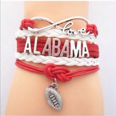 Alabama Bracelet Great bracelet to wear on game day or while tailgating. This bracelet measures about 7 inches plus it has an additional chain extender on the back. New in package. Price is firm unless bundled. Jewelry Bracelets