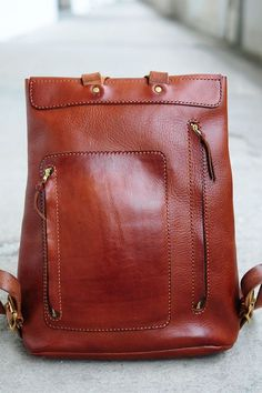 https://www.etsy.com/ru/listing/64522109/hand-stitched-large-leather-backpack?ref=favs_view_3