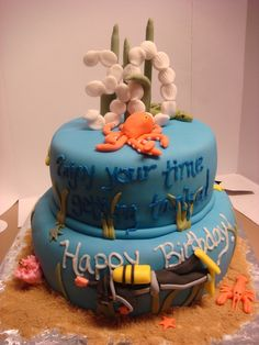 Scuba cake...gonna have to make this as a celebration cake when the fam passes scuba school!