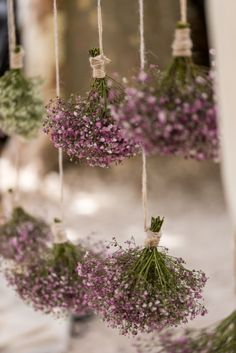 Hanging plants, creative ideas for hanging plants indoors and outdoors . Hanging plants, creative ideas for hanging plants indoors and outdoors - ideas for hanging planters indoors Hanging Plants, Indoor Plants, Indoor Outdoor, Deco Floral, Dried Flowers, Meadow Flowers, Simple Flowers, Fall Flowers, Garden Wedding