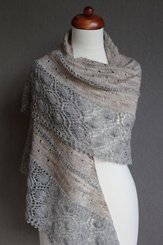 Ravelry: Febr12's Circle in the sand oyster shawl by ambah fingering 732m