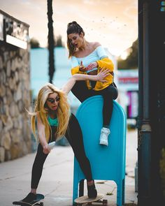 "530.4k Likes, 560 Comments - Hannah Stocking (@hannahstocking) on Instagram: ""Right before Lele almost tore her Achilles ‍♀️"""