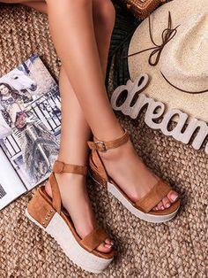 Dámske luxusné camel sandále M309PCA - MODANOEMI.sk Birkenstock, Camel, Espadrilles, Sandals, Shoes, Fashion, Espadrilles Outfit, Moda, Shoes Sandals