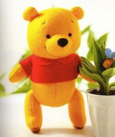 Molde ursinho pooh em feltro - Como Fazer Sites, Pikachu, Dinosaur Stuffed Animal, Toys, Character, Animals, Felt Dolls, Fabric Dolls, Pooh Bear
