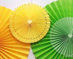 roseton-de-papel-fiesta-cumpleanos-paper-rosettes-medallion