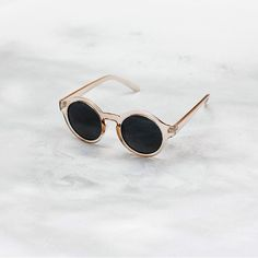 The Tides. Sunglasses. Clear pink.