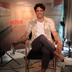 Noah Centineo Is The Netflix Teen Rom-Com Heartthrob Of Your Dreams Beautiful Men, Beautiful People, Lara Jean, Man Crush, Hot Boys, Handsome Boys, Cute Guys, Celebrity Crush, Future Husband