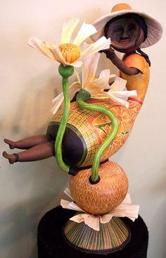 by gourd artist Jennifer Zingg from Frankfort, KY. now in Hawwaii.her work is wonderful African American Figurines, Light Bulb Crafts, Bird Stencil, Painted Gourds, Popular Art, Gourd Art, Fantastic Art, Art Boards, Sculptures