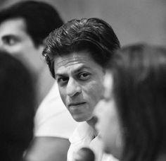 Shah Rukh Khan on sets - Happy New Year (2014)