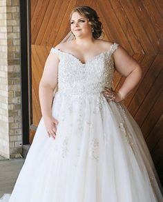 Ball gown wedding dress, plus size bridal