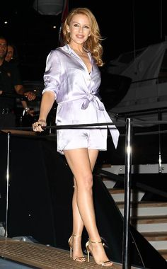 Kylie Minogue flashes her perfect pins in revealing playsuit at Cavalli party in Cannes Women Legs, Fit Women, Beautiful Legs, Beautiful Outfits, Kylie Minouge, Melbourne, Amazing Amy, Living In London, Girls Aloud